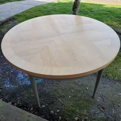 Conference Table (Solid Wood) for Sale in Oregon City,  OR