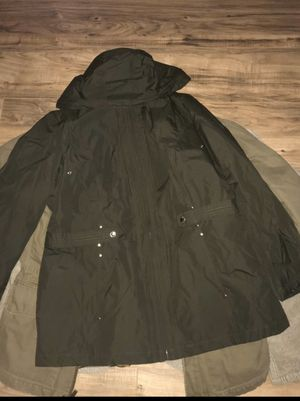 SEND OFFERS WOMENS XL WINDBREAKER TYPE JACKET for Sale in Westminster, CA