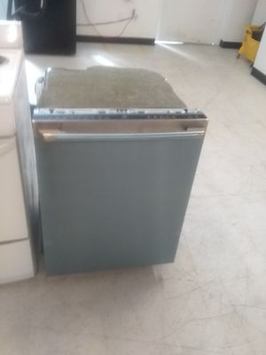 Electrolux dishwashers stainless steel new open box good condition 6months warranty for Sale in Mount Rainier, MD