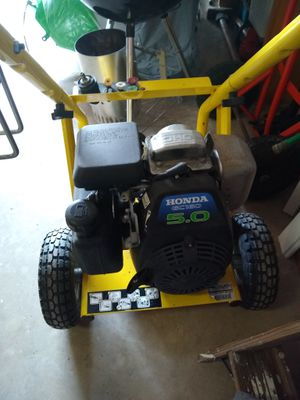 Power Washer 5 HP Honda Motor no pump and no sprayer for Sale in Bethesda, MD