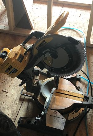 """Dewalt flexvolt mitre saw 12"""" used once. Comes with adapter only no batteries for Sale in Washington, DC"""