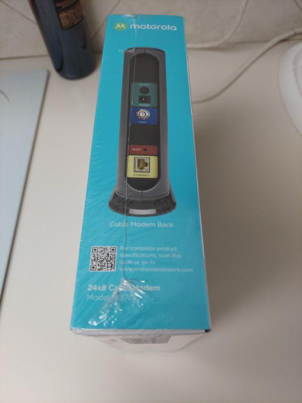 Motorola 24x8 Cable Modem Model MB7621