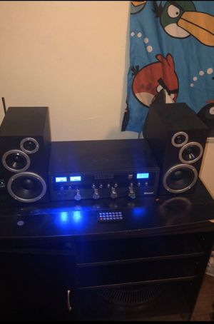 Stereo system with Bluetooth for Sale in Blacklick, OH