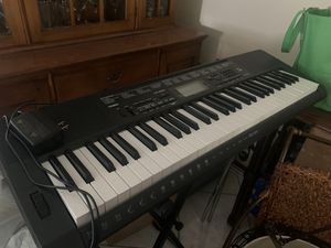 Keyboard CTK 3500 Includes stand for Sale in Boca Raton, FL