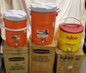 New Rubbermaid and Igloo Coolers for Sale in Phoenix, AZ