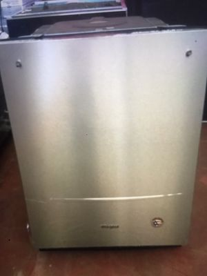 """We dishwasher whirlpool stainless steel w 24"""" for Sale in Irwindale, CA"""
