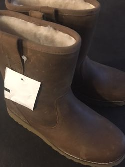 New UGG Waterproof Boots For Kids Size 4 for Sale in Lynnwood,  WA