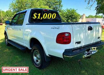 🟢💲1,OOO I m selling URGENTLY this Beautiful💚2OO2 Ford F15O nice Family truck XLT Super Crew Cab 4-Door Runs and drives very smoothly💪🟢 for Sale in Jersey City,  NJ