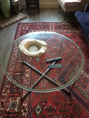 "Glass coffee table 34"" diameter for Sale in Oceanside, CA"