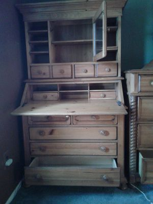 Desk and top shelf for Sale in Trenton, NJ
