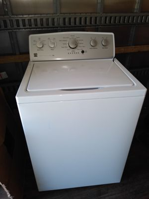 Kenmore washer still working for Sale in Cleveland, OH