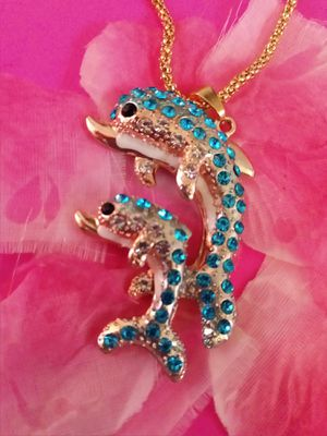 Betsey Johnson Crystal Dolphins Necklace NWT for Sale in Wichita, KS