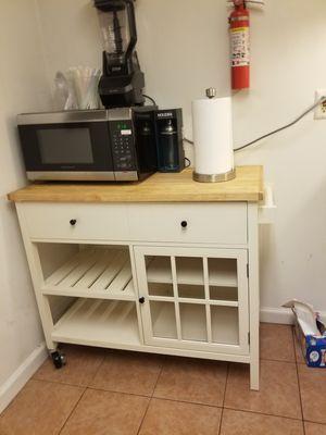 Portable kitchen island for Sale in Essington, PA