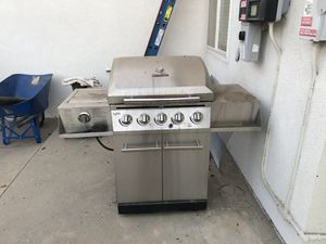 Charbroil stainless propane BBQ for Sale in Simi Valley, CA