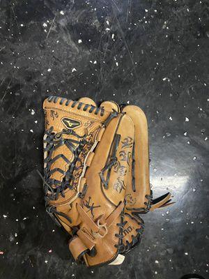 Mizuno fast pitch softball glove for Sale in Scottsdale, AZ