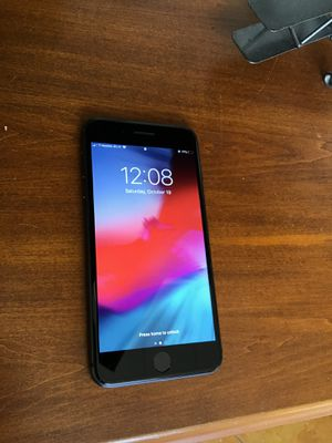 iPhone 8 Plus 64gb for Sale in Conroe, TX