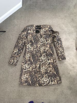 Dana Buchman spring coat 100% silk silver lining for Sale in Elizabeth, NJ