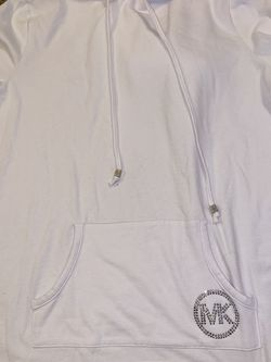 Michal Kors White Sweatshirt for Sale in Smyrna,  TN
