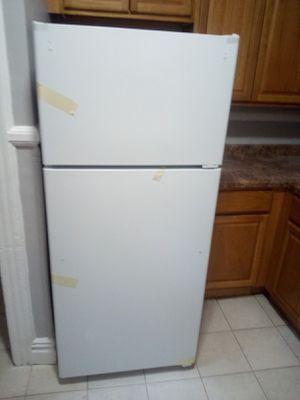 Brand new white refrigerator for Sale in Irvington, NJ