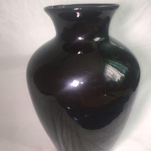 Black Flower Vase for Sale in Henderson, NV