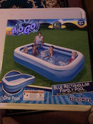 H2O rectangular family pool for Sale in Fresno, CA