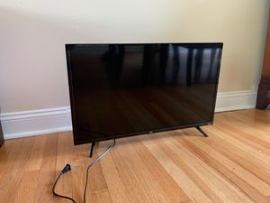 Tcl/roku tv 32 inches for Sale in Dearborn Heights, MI
