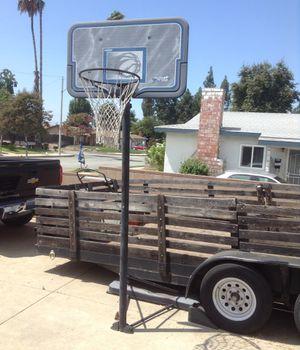 Basketball hoop for Sale in Glendora, CA