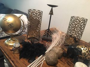 All Gold and Black decor for Sale in Houston, TX
