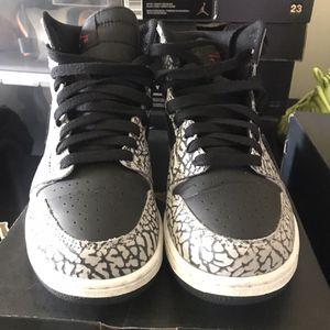 Air Jordan 1 Retro Hi Prem BG for Sale in Marietta, GA