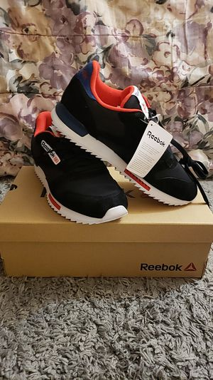 Reebok Cl Leather Ripple Clip Su for Sale in Hopewell, NJ