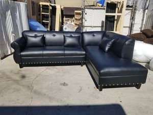 NEW 9X7FT BLACK LEATHER SECTIONAL CHAISE for Sale in San Diego, CA