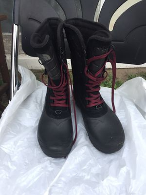 North face boots women's 7 for Sale in Detroit, MI
