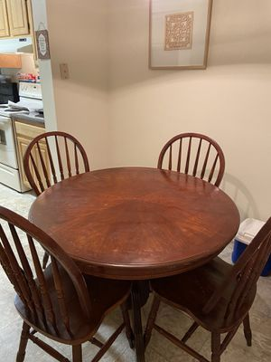 Wood round kitchen table with 4 chairs for Sale in Ashland, VA