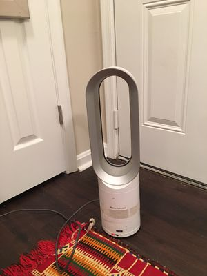 Dyson cool+hot air conditioner for Sale in Fairfax, VA