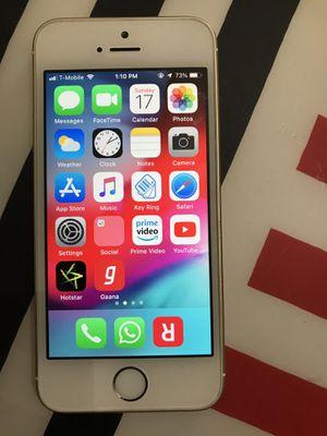iPhone SE 16 GB unlocked - like mint $145/best offer for Sale in West McLean, VA