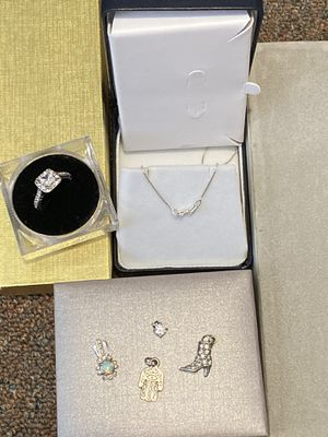 925 silver Necklace set for Sale in Dearborn Heights, MI