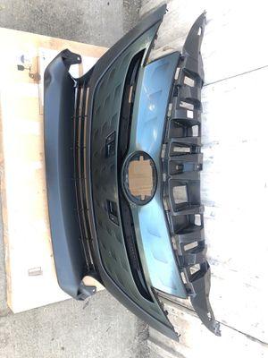 17-19 Toyota. Prius prime front bumper for Sale in Compton, CA