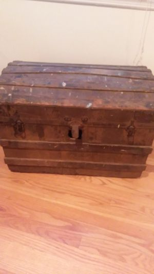 Stamped solid wood English dome chest for Sale in Beachwood, NJ