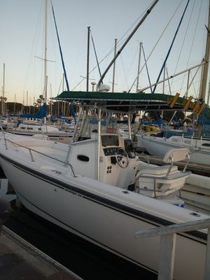 BOSTON WHALER FISHING BOAT 1999 NICE for Sale in San Diego, CA