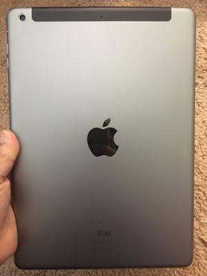 iPad Air WiFi + Cellular UNLOCKED for Sale in Kensington, MD