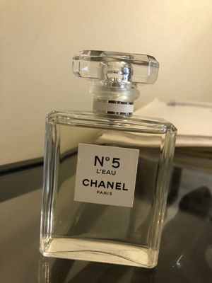 Chanel No5 L'Eau perfume for Sale in Los Angeles, CA