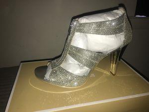 Michael Kors Berkley T strap silver glitter for Sale in Aspen Hill, MD