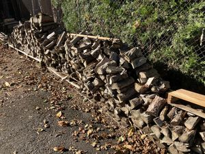 Seasoned Firewood FREE!!! for Sale in Happy Valley, OR