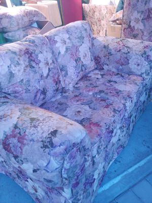 Couch/loveseat for Sale in San Jose, CA