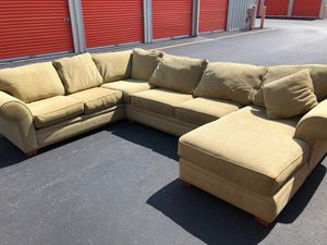 Sectional Couch Sofa Excellent Condition *FREE DELIVERY* for Sale in Berkeley Township, NJ
