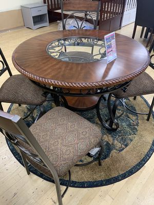 5 Piece Dining Set ON SALE for Sale in Federal Way, WA