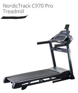 Nordic Track Treadmill for Sale in Fairfield,  CA