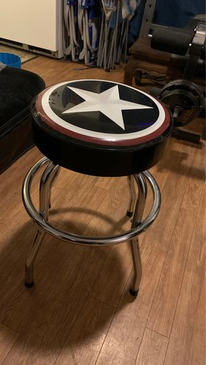 Swivel guitar chair for Sale in San Bernardino, CA