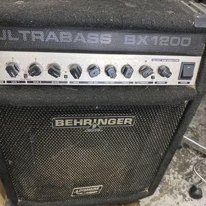 Amplifaier Bheringer for Sale in Pasadena, TX