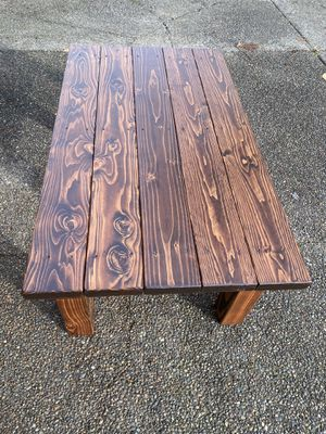 Rustic coffee table for Sale in Bonney Lake, WA